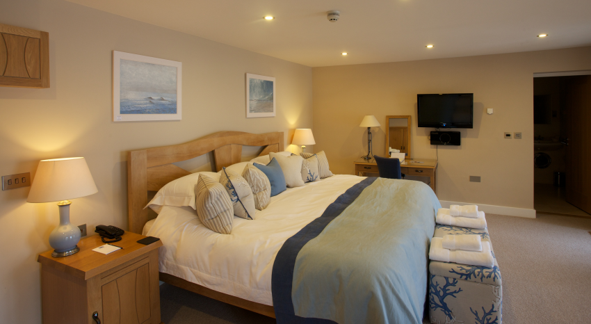 The South Sands Hotel is a fantastic contemporary boutique hotel designed  in a New England style. New England Bedrooms